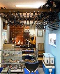 日本フィッシング会館に再現された服部善郎名人の「釣りの部屋」