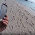 【衝撃動画】鮭だって釣れちゃう、そうiPhoneならね!